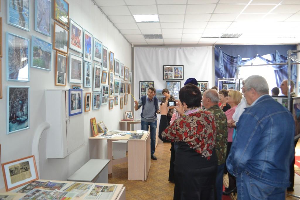 открытие первой персональной выставки Юрия Ткаченко